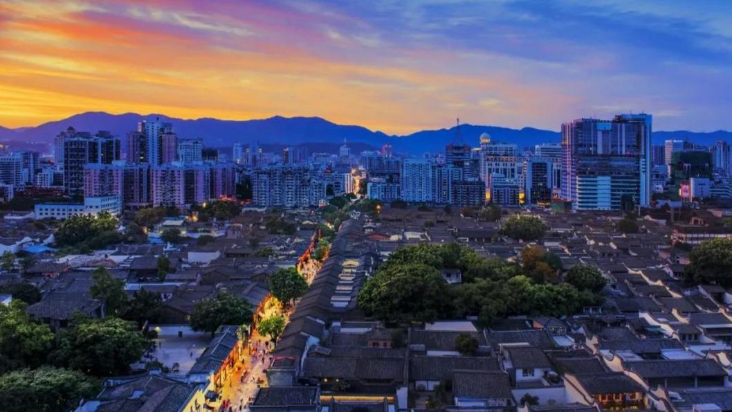 福州2020年GDP突破万亿元