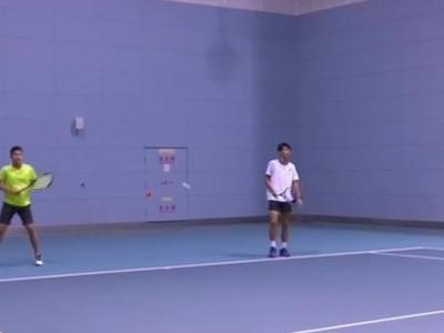 全力以赴!福州网球健儿备战省运会