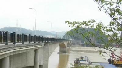 """乌龙江旧大桥突发""""险情"""" 实战演练提升应急处置能力"""
