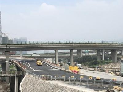 三江口大桥北接线A匝道建成通车