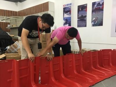 福州推广新型活动式防洪板 1分钟组装10米长挡板墙