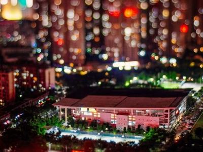 奇幻夜!移轴摄影下的福州江滨夜色