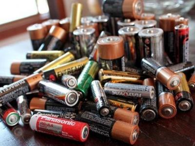 """福州:让废旧电池和电子产品""""安全下岗"""""""