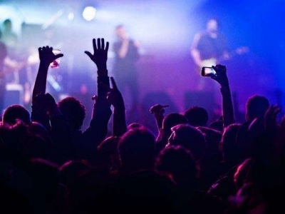 近六成用户愿意花钱听歌 在线音乐平台的春天来了吗