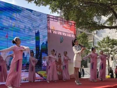 """""""省、市12.5国际志愿者日""""主题活动在中山广场举行"""