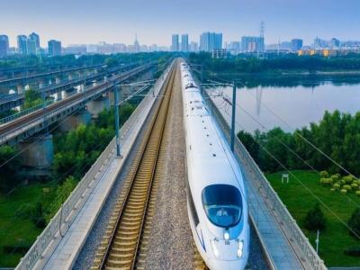 全国铁路客运量快速回升  5月份发送旅客1.57亿人次