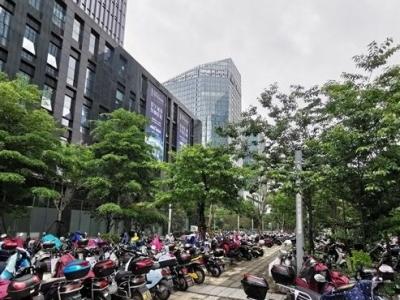 台江打造两大规范停车示范区