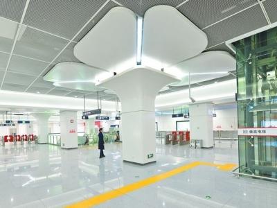 地铁1号线二期明日开通 象峰站到三江口站仅53分钟