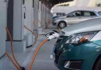 福州高新区建成186个电动汽车充电桩