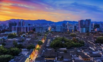 """福州市委市政府出台《坚持""""3820""""战略工程思想精髓加快建设现代化国际城市行动纲要》"""