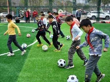 福州2020年建成101片社区足球场地 超额完成年度目标