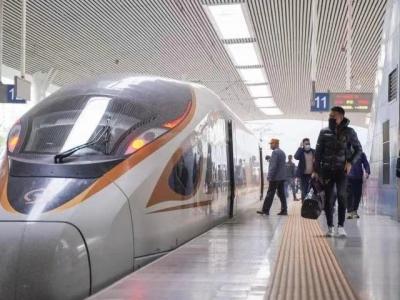 元旦假期福州火车站发送旅客近35万人次